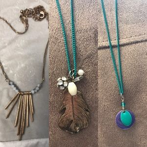 Jewelry - Lots of three necklaces